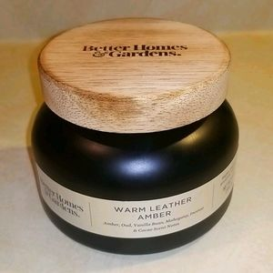 BETTER HOMES & GARDENS CANDLE 18oz